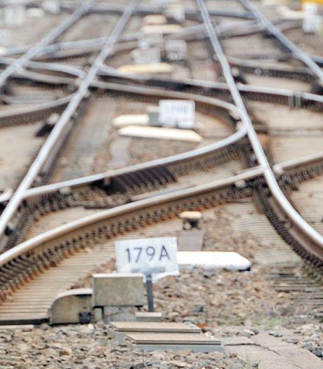 Prorail vervangt roestende spoorstaven Etten-Leur