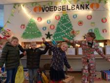 Zoveel pakketten zamelden scholieren in voor Voedselbank