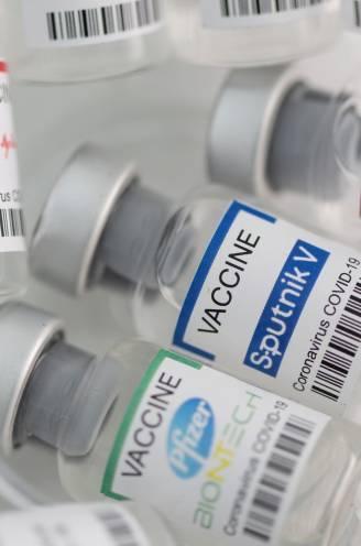 OVERZICHT. Hoe goed beschermt het vaccin dat jij kreeg je tegen de verschillende virusvarianten? En wat is verschil tussen eerste en tweede prik?