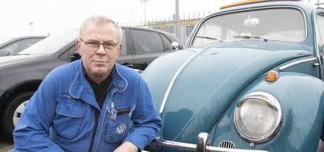 Nijverdaller Egbert (65) is een halve eeuw Volkswagen-monteur: 'Ga altijd op de fiets naar het werk'