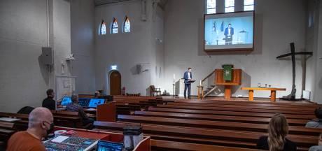 Hoe de CGK Zwolle in verbinding blijft met 4500 leden terwijl de kerk dicht zit: 'Meer telefoontjes voor geestelijk verzorger'
