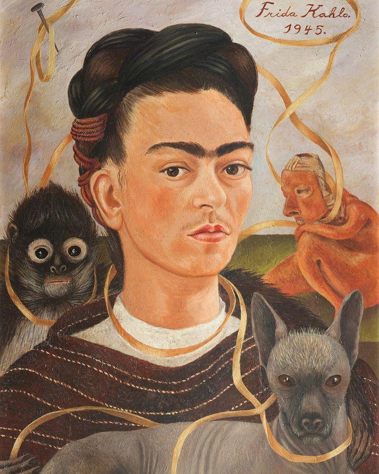 Frida Kahlo, Zelfportret met aapje. De spijker op de muur achter Kahlo is een verwijzing naar de kruisiging van Jezus. Beeld Museo Dolores Olmedo