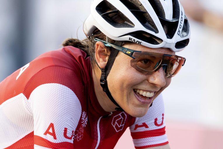 Anna Kiesenhofer  (AUT) heeft goud gehaald tijdens de wegwedstrijd wielrennen op de Olympische Spelen. Beeld ANP