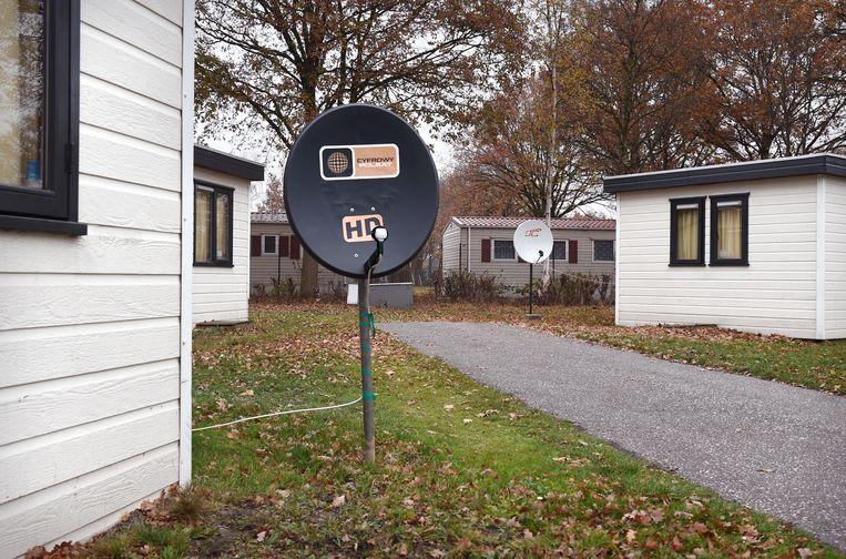 Huisvesting voor arbeidsmigranten op camping Droomgaard, Kaatsheuvel. Beeld Marcel van den Bergh