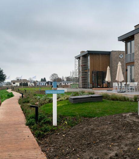 Resort aan de Maas dicht vanwege hoogwater; gasten omgeboekt naar andere parken