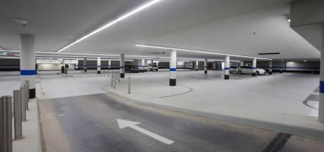Slagboom weghalen bij parkeergarages Veenendaal: niet iedereen ziet het zitten