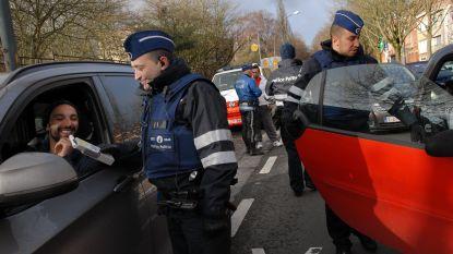 Politie vindt 2.750 capsules lachgas bij alcoholcontrole