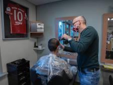 Nederlandse kapsalontoeristen moeten nu op hun beurt wachten