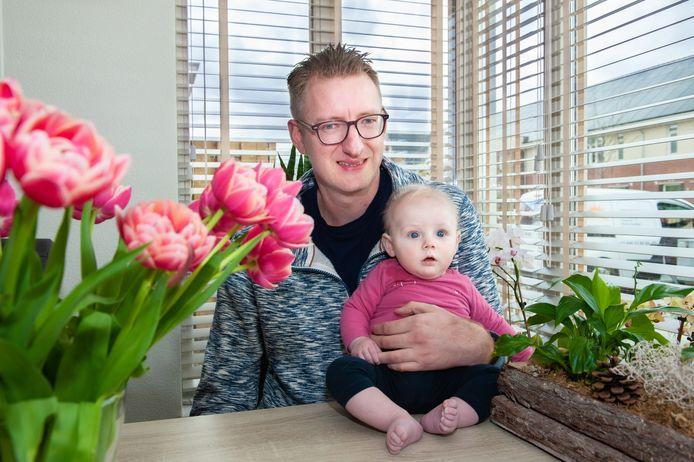 Patrick Straver woont met zijn gezin sinds kort met veel plezier in Westergouwe.