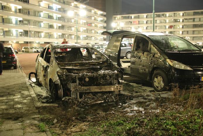 Kortsluiting is de vermoedelijke oorzaak van een autobrand vanochtend in Veenendaal.
