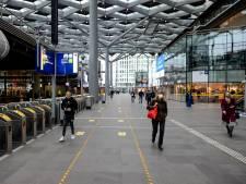 Zoveel reizigers stapten er in coronajaar 2020 op de trein in Den Haag