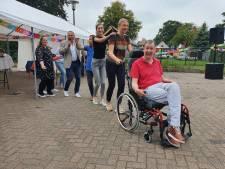 Ook bij Kooiveenbewoners in Oldebroek gaan remmen los: feestelijk jubileum van Philadelphia