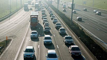 En ook in Brussel is het schuiven: uur filerijden op buitenring na werken in Zellik