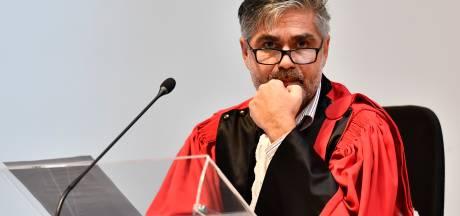 """ASSISEN. """"Ze sloegen genadeloos toe. Als roofdieren"""": aanklager vindt roofmoord op Leo (59) uit Deurne bewezen"""