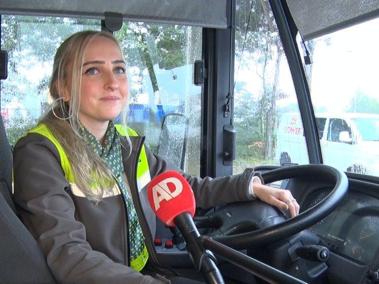 Lizette is een tiktokkende buschauffeur in echt mannenbolwerk