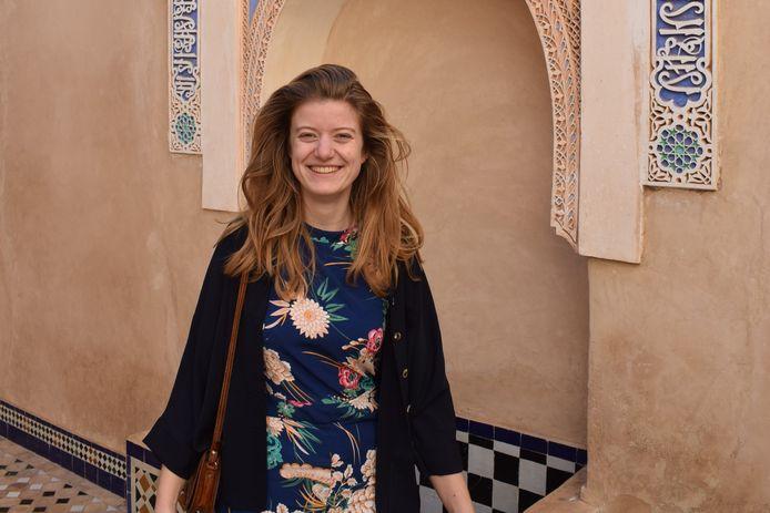 Student Evelien Scheffers geeft bijles, zodat ze ook een andere plek heeft om te studeren dan haar eigen kamer.