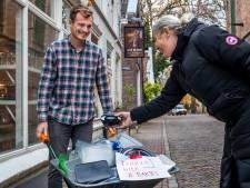 Joost (27) en zijn horecacollega's koken 500 kerstdiners voor de voedselbank, maar hij mist nog één ding