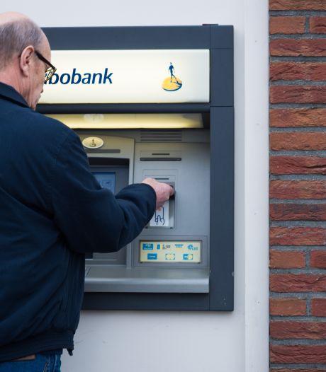 Ouderen in geldproblemen door sluiting bankkantoren: 'Grote stille armoede aan het ontstaan'