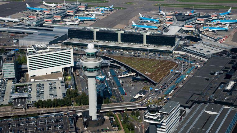 Een storing bij de Luchverkeersleiding op Schiphol-Oost zorgt vandaag voor grote vertragingen en gestrande reizigers op Schiphol Beeld anp