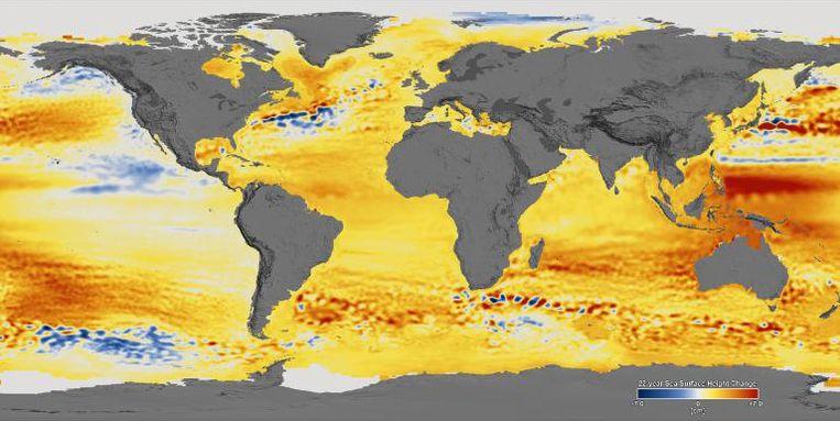 De verandering in het zeeniveau tussen 1992 en 2014. De rode gebieden tonen waar het zeeniveau het meest gestegen is. Beeld NASA