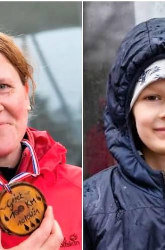 Griet (38) stapte 100 kilometer in regen en kou voor ziek neefje Thomas (8), tocht brengt 13.124 euro op