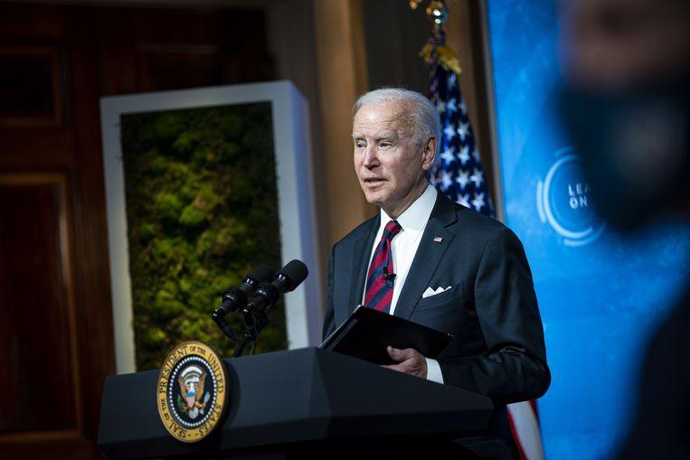 Biden tijdens de virtuele klimaattop die hij afgelopen week organiseerde. Beeld EPA