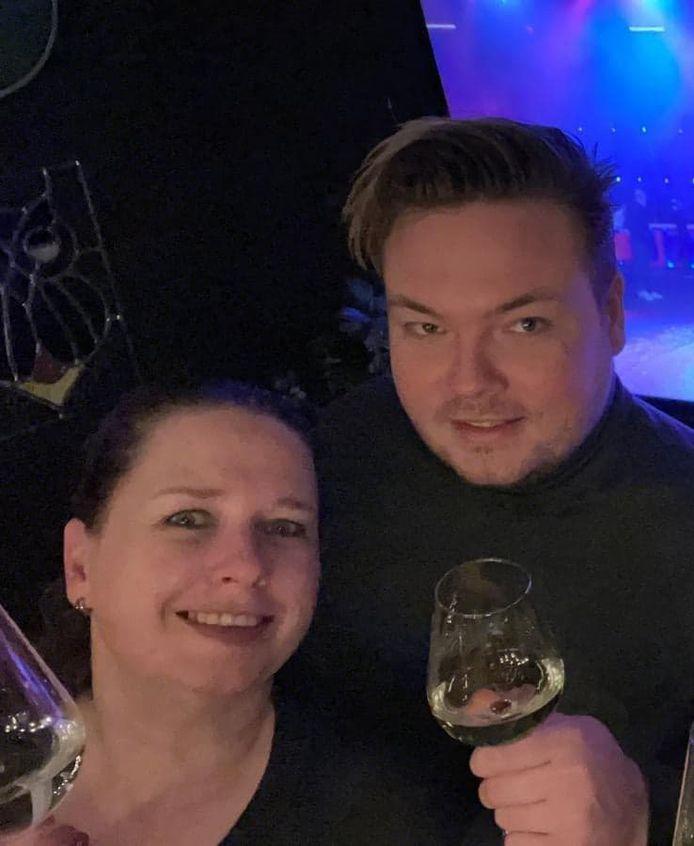 Mariska Dijkman en Sven Lulofs tijdens een gezellige avond.