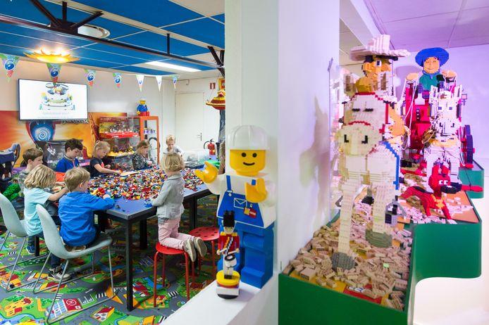 Naast museum en winkel, konden kinderen ook hun feestje geven bij Mini-Billund in Wagenberg of er gewoon lekker komen bouwen.
