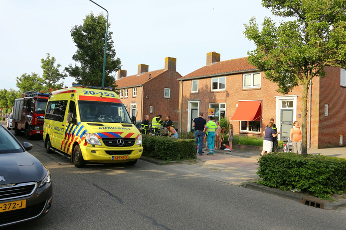 4 kinderen, die het middel in hun ogen kregen, moesten ter observatie naar het ziekenhuis.