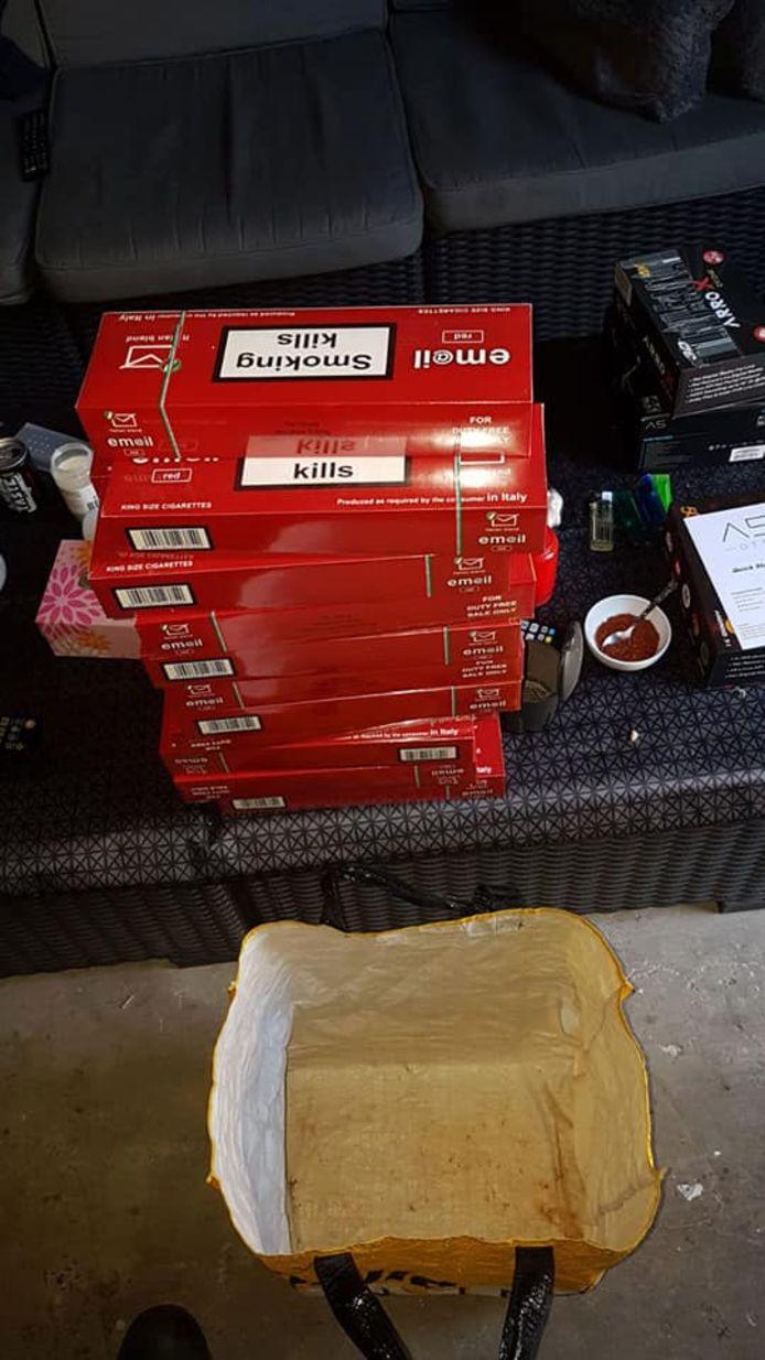 Illegale sloffen sigaretten in Rijen.
