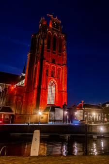 Dit is waarom er zoveel gebouwen in de regio oranje zijn verlicht