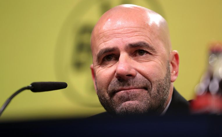 Peter Bosz. Oud-trainer Ajax, sinds zijn ontslag bij Borussia Dortmund nog zonder club Beeld ANP