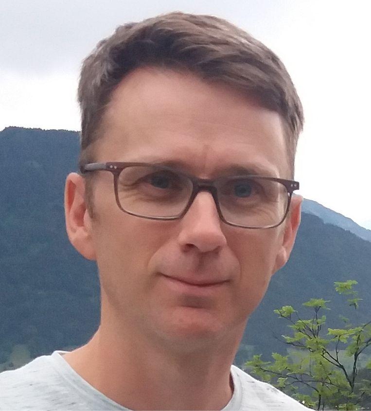 Koen Schoeters: 'Hartfalen, kortademigheid, nierschade, slaaptekort: de effecten van hitte op het lichaam zijn niet te onderschatten.' Beeld