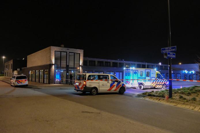 De politie is actief op zoek naar een verdachte of mogelijk meerdere verdachten in de omgeving van het Emmy van Leersumhof.