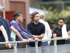 John de Jong verwacht deze zomer nog ongeveer vijf uitgaande transfers bij PSV: 'En we proberen ons verder te verbeteren'