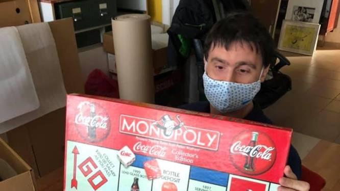 Bram Hendrikcx (Cupido Ofzo) helpt Speelgoedmuseum met verhuis