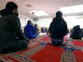 Moskee in Woerden vlak voor Suikerfeest dicht vanwege coronabesmettingen door imam