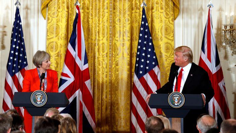 Theresa May bezocht Trump amper een week na zijn inauguratie in januari. Beeld reuters