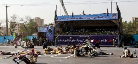 Tientallen doden en gewonden door aanval bij militaire parade Iran