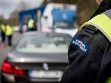 Drugs- en hardrijders gepakt bij controle op grens bij De Lutte