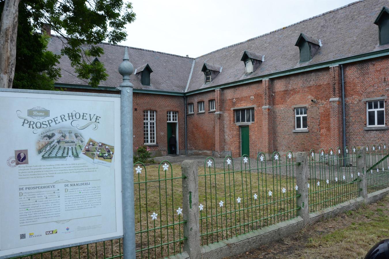 De gerestaureerde Prosperhoeve kreeg een nieuw leven als belevingscentrum rond de geschiedenis van de polder.