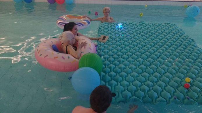 Jeanne leerde onlangs nog zwemmen