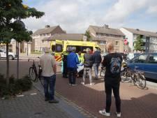 Fietsers botsen op elkaar in Kaatsheuvel, één van hen naar ziekenhuis gebracht