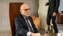 """Johny Voners bijna onherkenbaar in 'Een Goed Jaar': """"Zelfs mijn dochter herkende me niet"""""""