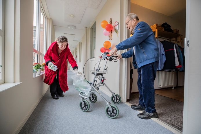 Afgelopen maart ging buurtconciërge Erna Lammers op bezoek bij de jarige Wil van Enck.