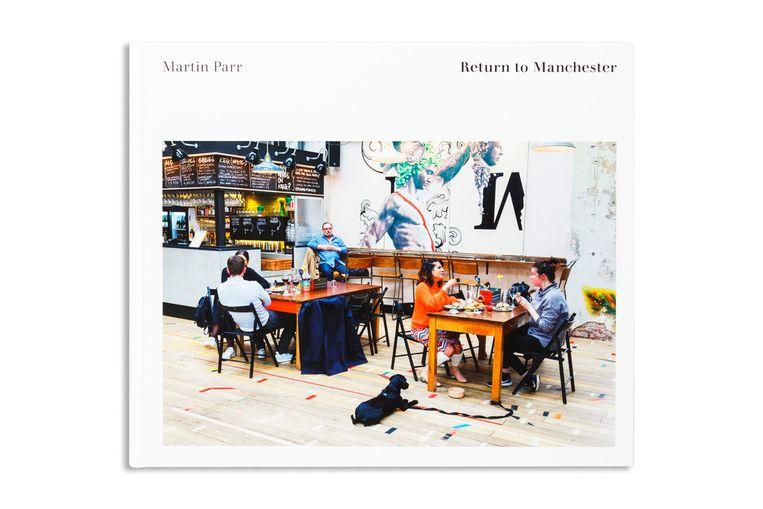 Martin Parr, 'Return to Manchester', Manchester City Art Gallery, 160 p., 34,95 euro. Beeld ©Martin Parr / Magnum Photos
