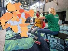 KAART | Aantal besmettingen in de regio in de pas met landelijk beeld, Flevoland blijft op niveau 'zeer ernstig'