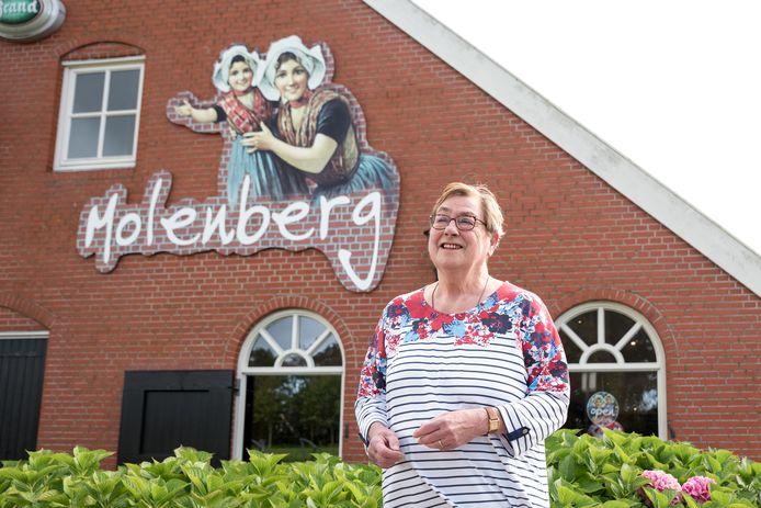 Jacqueline du Parand-Ulenberg hoopt naast de culturele bijeenkomsten in Boerderij Molenberg op termijn ook inloopochtenden voor een Odensehuis in Burgh-Haamstede te kunnen opzetten.
