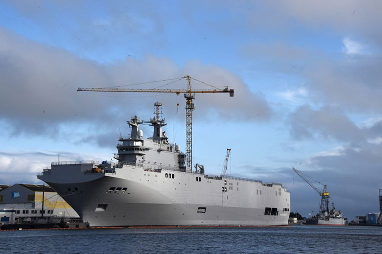 Mistral helicopter carrier in Saint-Nazaire Beeld epa