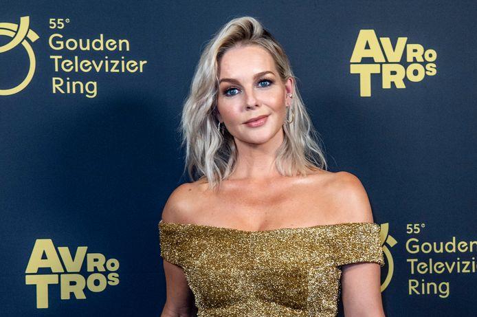 Chantal Janzen tijdens het 55ste Gouden Televizier-Ring Gala in Theater Carre, Amsterdam.
